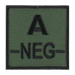 Ecusson groupe sanguin A négatif noir sur vert armée